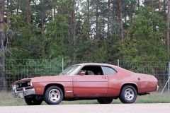 70:a Plymouth Valiant Duster